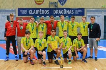 Varėnos rankininkams – Lietuvos jaunučių rankinio čempionato bronzos medaliai