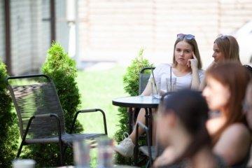 Jonavos rajone tęsiasi jaunimo vasaros užimtumo programa: jau įsidarbino 13 jaunuolių