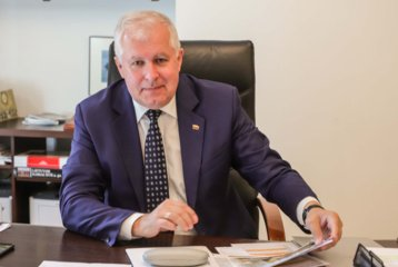 A. Anušauskas apie opozicijos siekį atstatydinti Ž. Pavilionį: teroristams dividendų nereikėtų mokėti