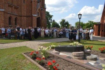 Kernaviškiai iškilmingai paminėjo Prelato Česlovo Krivaičio gimimo 100-ąsias metines