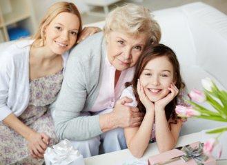 Močiute, seneli, Tavęs reikia, kuriant rytdienos pasaulį!