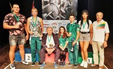 Pergalingas radviliškiečių pasirodymas Lietuvos klasikinio štangos spaudimo čempionate
