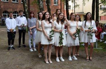 Kybartų Kristijono Donelaičio gimnazijos abiturientai jau pasiruošę naujam gyvenimo etapui