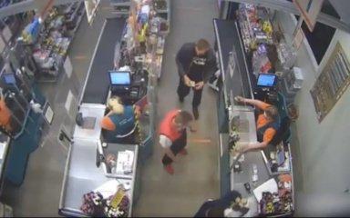 Šiaulių policija prašo padėti didelę klaidą padariusiai pardavėjai (vaizdo įrašas)