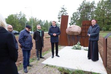 Šiauliečiai kartu pagerbė karo ir Holokausto aukas