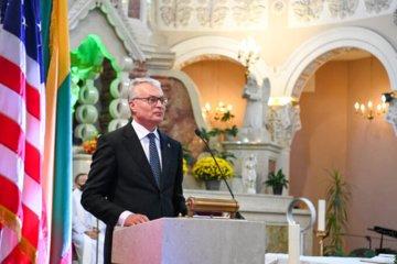 Prezidentas Čikagoje lietuvių bendruomenės nariams dėkojo už puoselėjamą lietuvybę, kvietė toliau stiprinti ryšius su Lietuva