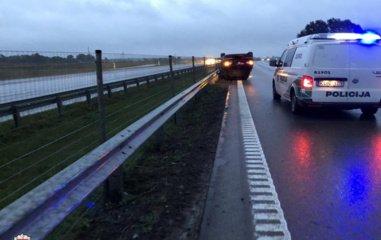 Praėjusią parą per nelaimes keliuose sužeista 10 žmonių