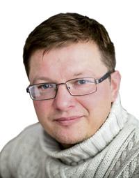 """""""Progimnazijos atlikto tyrimo rezultatai rodo, kad iš kelių šimtų atsakiusiųjų į anketos klausimus kiek daugiau nei 33 proc. respondentų teigia ketinantys grįžti gyventi į Lietuvą.""""  Šiaulių """"Sandoros"""" progimnazijos direktorius Kęstutis Šaltis"""
