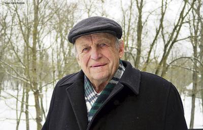 """V. Rimkus. """"Dažnai užmirštame, kad laisvę atgavome tam, kad dar sunkiau dirbtume, statydami Lietuvą. Tai man visada primindavo Gražbylė.""""  Zenono Ripinskio nuotr."""