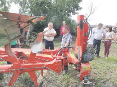 Su ES parama D. Žvirblys įsigijo traktorių