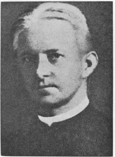 """Spindėjo gerumu. Būdamas savo prigimtimi optimistas ir tikėdamas žmogaus gerumu, jis pats spindėjo gerumu, sudvasintu askeze ir malda. (Nuotrauka iš albumo """"Kauno  jėzuitų gimnazija"""", 1934 m.)"""