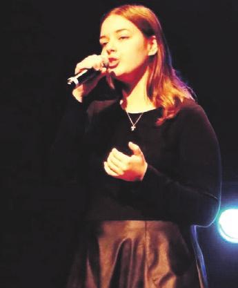 Finalinio koncerto atradimas - vokalistė Monika Siaurusaitytė iš Rumšiškių.