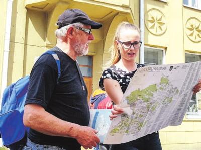 Turizmo specialistė Viktorija padeda atrasti įdomybes Kaišiadorių krašte.