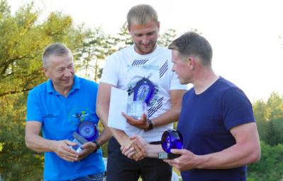 """""""Baltijos taurės 2019"""" atviros sklandytuvų klasės nugalėtojai: G.Drevinskas, G.Sabeckis, R.Konteikis."""