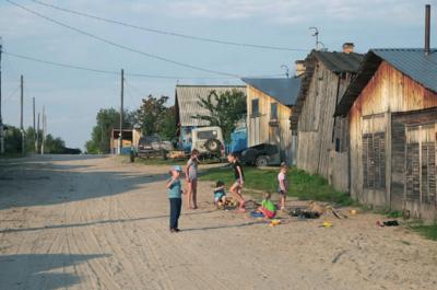 Krivliako gatvių smėlyje taip, kaip šie – šiandieniniai, kažkada žaidė ir lietuvių tremtinių vaikai.