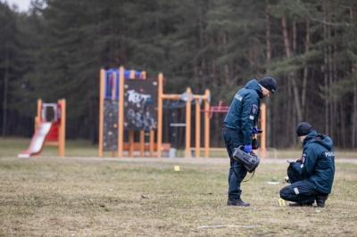 Pareigūnai prie Televizijos bokšto / J. Stacevičiaus/LRT nuotr.