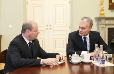 Prezidentas Gitanas Nausėda susitiko su ministru pirmininku Sauliumi Skverneliu. Mariaus Morkevičiaus (ELTA) nuotr.