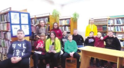 Smagu buvo pamokai susirinkti Palomenės kaimo bibliotekoje.
