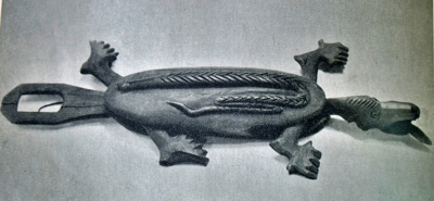 Krokodilas. Dar vienas žaislas, kuriuo žaisdami vaikai galėjo susipažinti su gyvūnais.