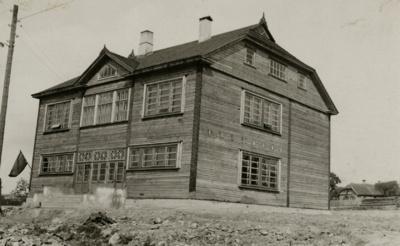 Per Antrąjį pasaulinį karą Paprūdžio mokyklos pastatas nenukentėjo. Vėliau jame įsikūrė policijos nuovada. 2014 m. jo vietoje ketinta statyti vienbučius ir dvibučius gyvenamuosius namus.