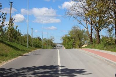 Kapitaliai suremontuota Pramonės g., kuri susijungia su Geležinkelio g., vedančia link čia įsikūrusių įmonių