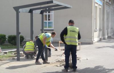 Lietuvininkų g. ir Tilžės g. statybos netrukus bus užbaigtos. Šiuo metu statomi nauji suoliukai, šiukšlių dėžės, autobusų stotelės…