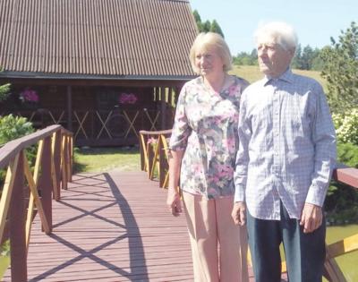 Romantika ant nuosavo tiltuko – Zofija ir Pranas Kasilauskai.