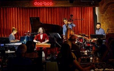 Smirnova Australijoje, Brisbeno džiazo klube Doo-Bop. Geoff Norris nuotrauka