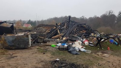 Marčiukaičių šeimos sudegęs turtas. Juozo Valčiuko nuotrauka.