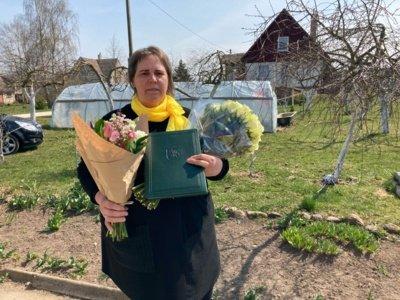 """Motinos dienos proga 44 mamoms ir globėjoms visoje Lietuvoje įteikti ordino """"Už nuopelnus Lietuvai"""" medaliai. Angelė Serepinienė. Prezidento kanceliarijos nuotr."""