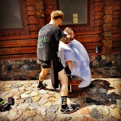 Kartais sakoma, kad vyrą nuo berniuko skiria vienas dalykas – barzda. Buvo atliktas socialinis tyrimas, kuris parodė, kad žmonėms barzdoti vyrai yra autoritetas. (Justo Skurvido asmeninio archyvo nuotr.)