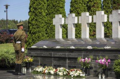 Medininkų žudynių 30-ųjų metinių minėjimas Medininkų posto memoriale. Mariaus Morkevičiaus (ELTA) nuotr.