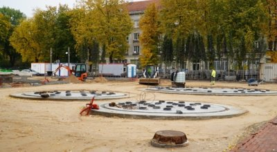 """Skulptūrą """"Trys paukščiai"""" K. Kasperavičius sukūrė 1981 m. Šiuo metu ji yra rekonstruojama, bus įmontuota fontane. (Audronio Rutkausko nuotr.)"""